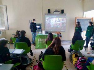 Greenpeace a scuola